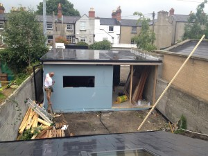 Rubber roof and external shell installed