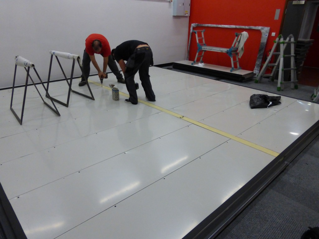 Aligning the floating floor