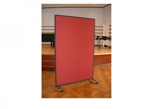 Acoustic screen on wheels