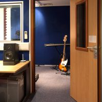 Single leaf acoustic doors with vision panel